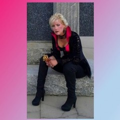 Dark Side of Romance: Erotic Horror Author Lyn Gibson interviewed by the Examiner [USER SUBMITTED ARTICLE]