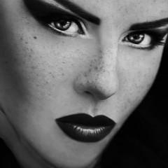 Marta Devilish Dimoska: The Devilish Faces of Marta [MODEL GALLERY]
