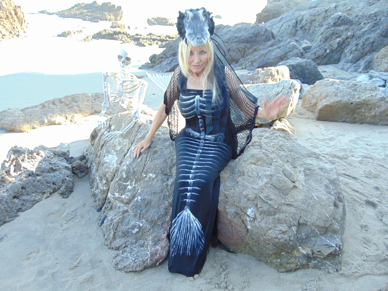 Voodoo Mermaid of Fiji Island 8